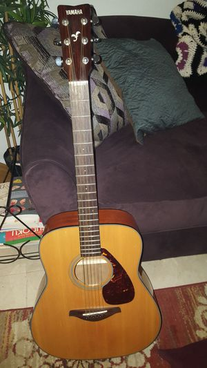 Yamaha FG700s Acoustic Guitar for Sale in Waterbury, CT