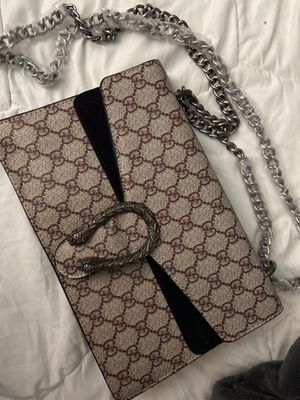 Gucci crossbody n small wallet for Sale in Houston, TX