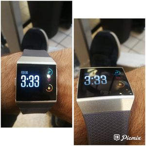 Fitbit ionic Smartwatch for Sale in San Diego, CA