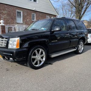 2004 Escalade Awd Runs Perfect, Bluetooth, 22s Clean Title for Sale in Queens, NY