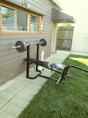 Weights and bench 150 lbs all steel for Sale in Bedford Park, IL