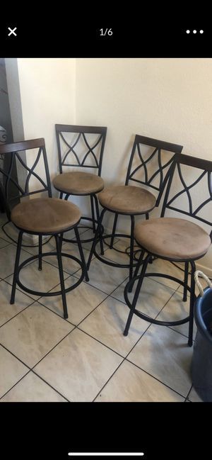 Dining room chairs. Kitchen table chairs/ bar stools set of 4 for Sale in Baldwin Park, CA