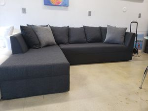 New modern Sectional Sofa for Sale in Miami, FL