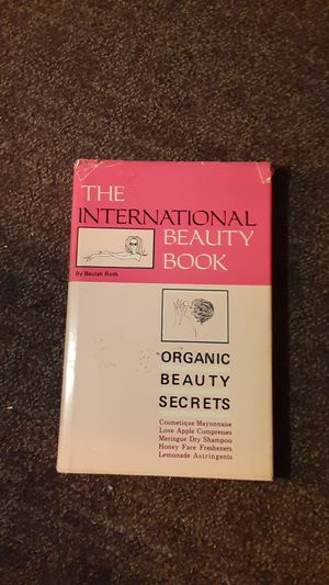Book Organic beauty secrets from around the world for Sale in Smyrna, GA