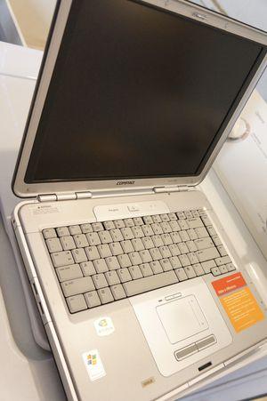 Compaq R3000 for Sale in Stockton, CA