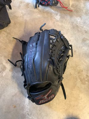 Mizuno 12.75 GMVP baseball/softball glove for Sale in Tracy, CA