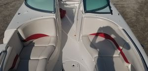 Chapperll deck boat v8 for Sale in Lake Villa, IL