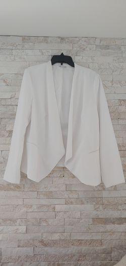White blazer size L for Sale in Renton,  WA