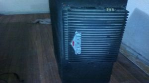 Competition 12inch kicker with 1000 watt amp with built in crossover for Sale in Trumann, AR