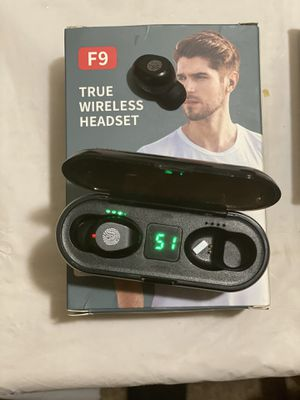 wireless headset for Sale in Los Angeles, CA