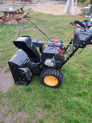 Craftsman professional 3 stage 28 snow blower for Sale in Tewksbury, MA