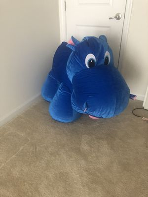 Giant Stuffed Animal for Sale in UPR MARLBORO, MD