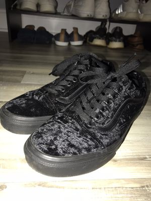 New Rare Vans Suede Black Low Cut Sneakers / Shoes Size 8 for Sale in Indian Trail, NC
