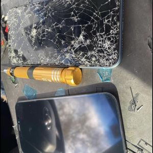 iPhone XR screen replacement^^^^^We drive to you and fix ____++++ for Sale in Mesa, AZ