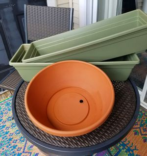 Three Planters for Sale in Fairfax, VA