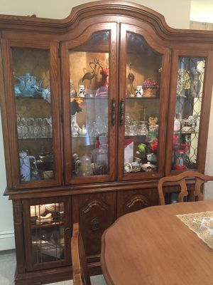 Dinning room hutch, 2 pieces for Sale in Concord, MA