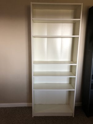 White bookcase for Sale in Dracut, MA