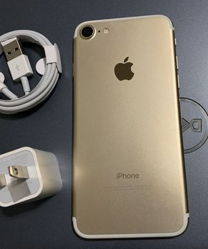 iPhone 7, 128GB - just like new, factory unlocked, clean IMEI for Sale in Springfield, VA