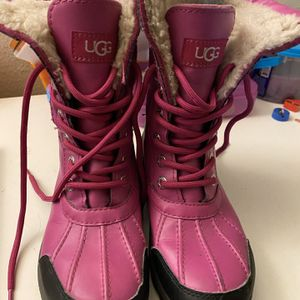 Ugg Snow Boot for Sale in Chula Vista, CA