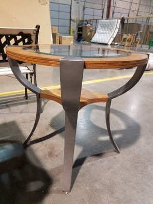 End table with glass insert and metal legs for Sale in Wichita, KS