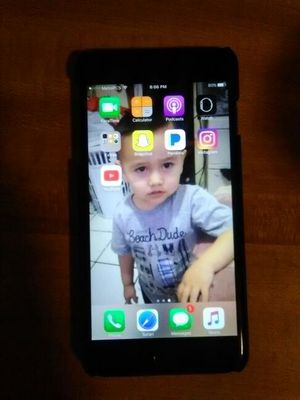 iPhone 6 s plus for Sale in San Jacinto, CA