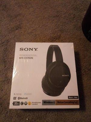 Sony Wireless Noise Canceling Headphones for Sale in Skokie, IL
