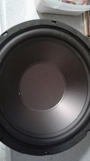 2 subwoofers,2 mids , 2 tweets for Sale in Tacoma, WA