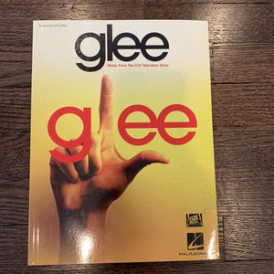 Glee Piano/Vocal/Guitar Songbook. for Sale in Yonkers, NY