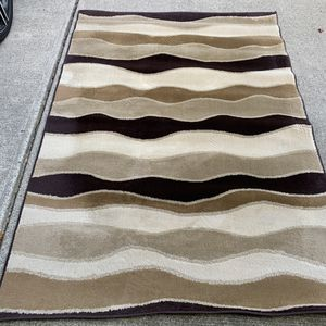 Beautiful 5x7 Area Rug! for Sale in Mason, OH