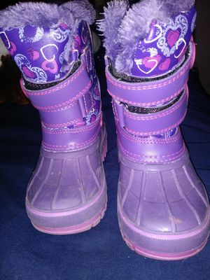 Lil girl boots for Sale in Owosso, MI