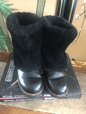 Ugg boots black size 8 for Sale in San Francisco, CA