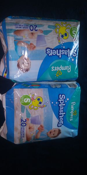 Pamper splashers bundle $6 for Sale in Goodyear, AZ