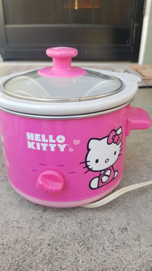 Hello kitty crock pot for Sale in West Covina, CA