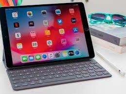 Selling iPad air 10.5 64gb for Sale in Tucson, AZ