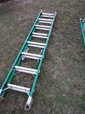 Davidson fiberglass extension ladder.....16 feet for Sale in Spring Hill, FL