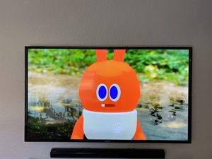 Samsung 60 inch TV and Wall Mount for Sale in Miami, FL