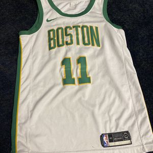 Kyrie Irving Boston Celtics Christmas Edition Jersey for Sale in Syracuse, NY