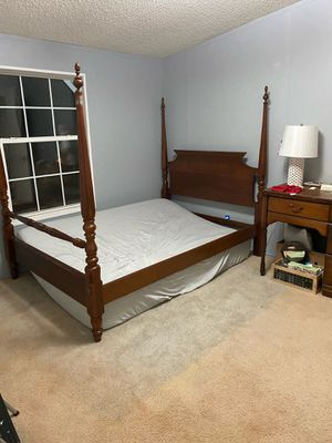 Full size bed frame for Sale in Farmville, VA