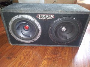 """12"""" Kenwood speakers with a Kicker Box for Sale in Fort Worth, TX"""