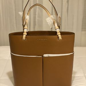 New Authentic Michael Kors Large Tote Bag for Sale in Long Beach, CA