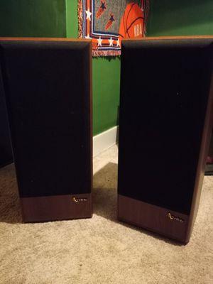 Infinity SM 122 floor model speakers for Sale in Niagara Falls, NY