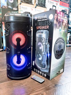 Bocina Nueva Bluetooth SUPER SPECIAL !!! Bluetooth Speaker With LED LIGHTS !!!Rechargeable 🔋 +++ USB/ AUX PORT / MICRO SD / FM RADIO !! for Sale in Los Angeles, CA