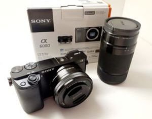 Sony a6000 Camera with 2 lenses for Sale in Miami, FL