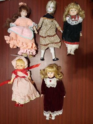 5 Antique dolls for Sale in Riverside, CA