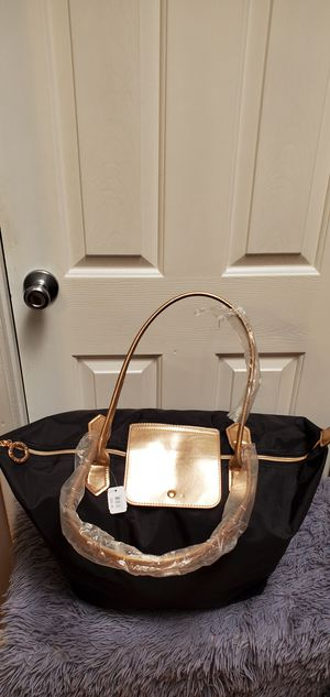 Brand New Bath And Body Works Black & Rose Gold Tote Purse Bag $28.00 for Sale in Gardena, CA