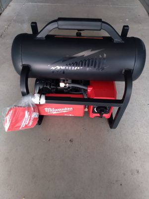 Milwaukee nuevo compresor 2.5 galones tool only for Sale in Moreno Valley, CA