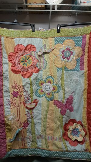 35 x 43 child's quilt with tree, Birds, flower and butterfly design for Sale in Sunrise, FL