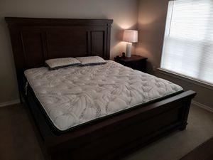 King bedroom set for Sale in Bossier City, LA