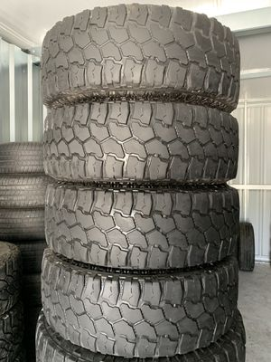 Set of used tires 285/75/16 for Sale in Holly Springs, NC