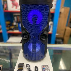 MULTI LED LIGHT WIRELESS SPEAKER🔊🎶🎶🌟🌟GOOD QUALITY SOUND✅🕺💃BLUETOOTH COMES WITH REMOTE CONTROL FOR LED LIGHTS COLORS:RED🔴 BLUE🔵 BLACK⚫ for Sale in Bell, CA